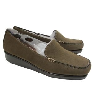 A2 by Aerosoles Platform Wedge Square Toe Loafers